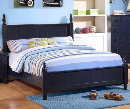 Zachary Collection 400691F Full Size Poster Bed with Short Turned Posts  Clean Line Design  Low Profile Footboard and Vertical Line Detailing in