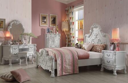 Dresden Collection 30660QSET 6 PC Bedroom Set with Queen Size Bed + Chest + Mirror + Nightstand + Vanity Desk + Vanity Stool in Antique White