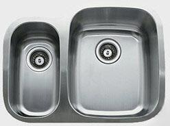D376.70.30.10R 26 inch  Wide Undermount Double Bowl Sink - 18-Gauge: Stainless Steel Bow Location