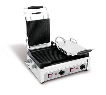 SFE02375  Left Side Flat  Right Side Ribbed Large Panini Grill With Dual Upper Plate  Removable  Front-Mounted Grease Drawer  Adjustable Thermostat in