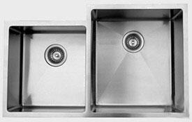 RS420604010R 33 inch  Wide Undermount Double Bowl Sink - 18 Gauge: Stainless Steel Big Bowl Location
