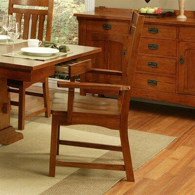 182005 Heartland Manor Arm Chair made from Solid American Red Oak and ply with a Polyurethane