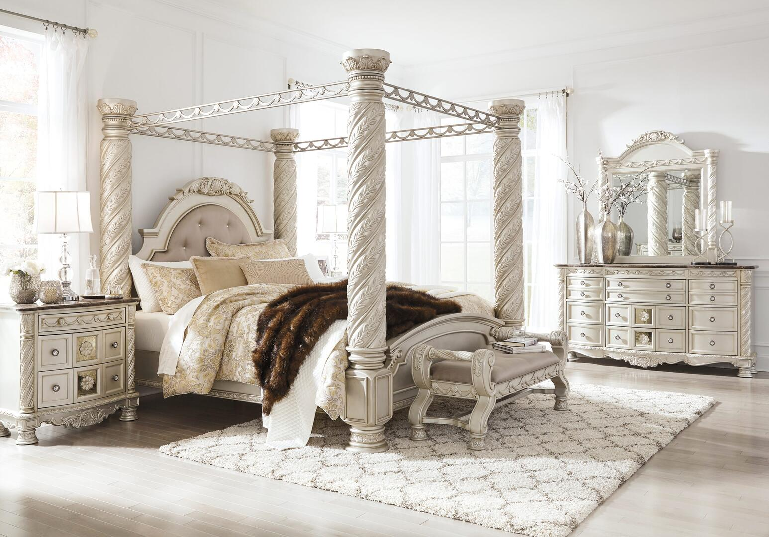 Signature Design By Ashley Cassimore 5 Piece King Size Bedroom Set