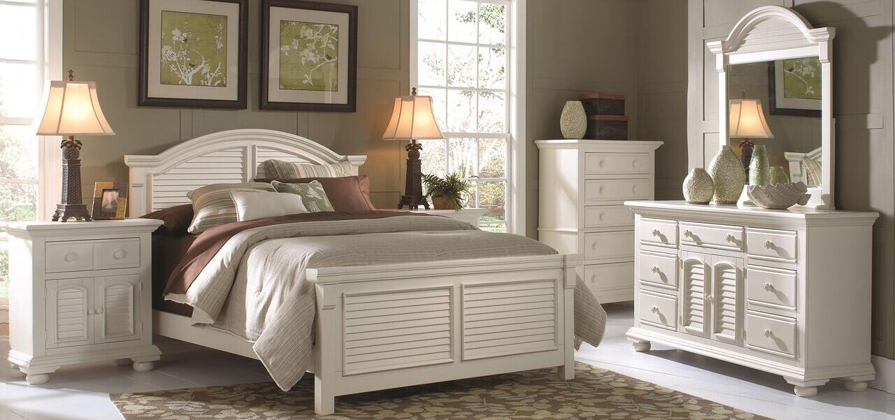 American Woodcrafters Cottage Traditions 6 Piece King Size Bedroom Set
