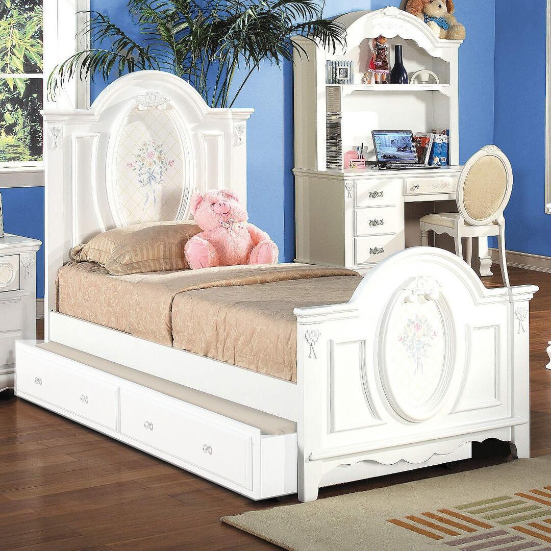 Acme Furniture Flora 4 Piece Full Size Bedroom Set