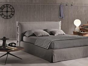 J and M Furniture 18085Q