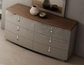 J and M Furniture 18214D