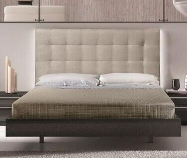 J and M Furniture 18149Q