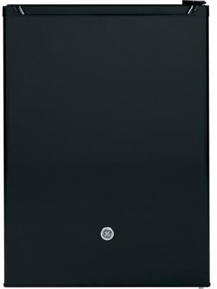 GE GCV06GGNBB Compact Refrigerator Black, GCV06GGNBB Front View