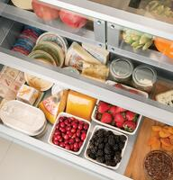 Precision glass-front produce and deli drawers