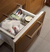 Soft-close Freezer and Convertible Drawers
