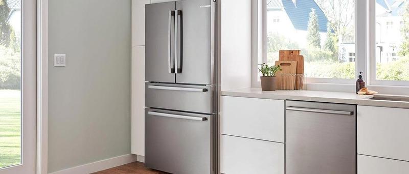 Best Four Door Refrigerators Bosch B36CL80SNS</a>
