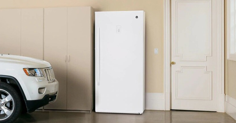 How to Manually Defrost a Freezer? (11 Simple Steps)