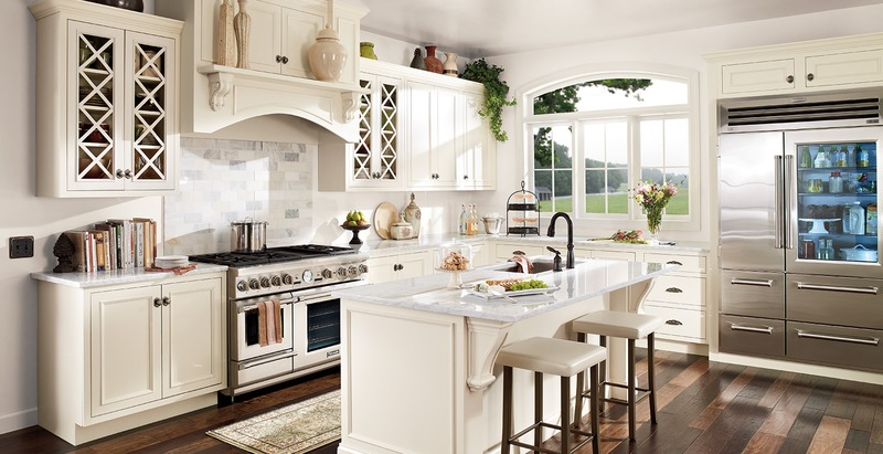 Appliance Brands and Furniture for a Classic Style Kitchen