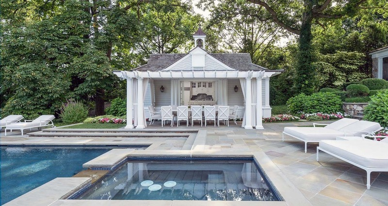 4 Steps to Design a Perfect Outdoor Pool Room