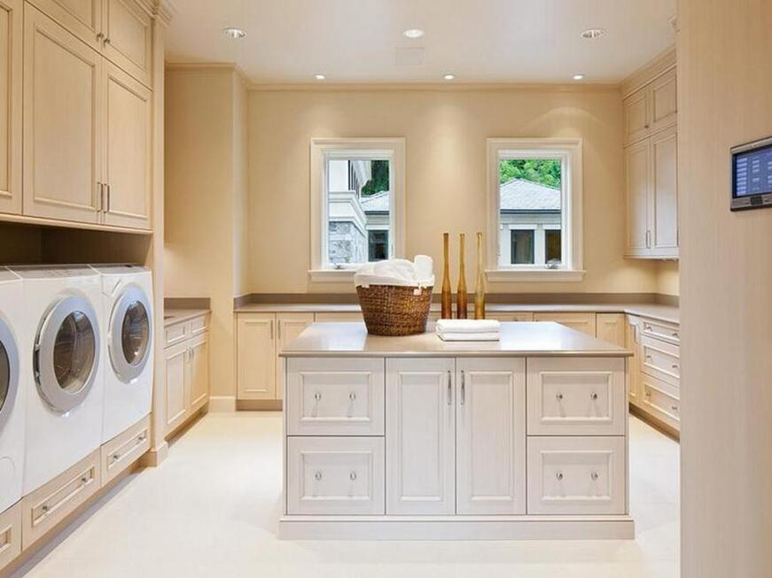 Elegant-Laundry-Room-Cabinets-Laundry-Room-Color-Ideas