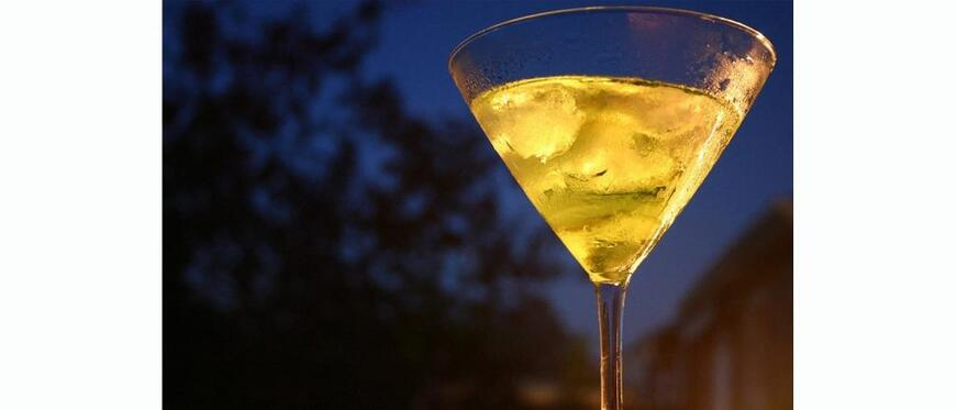 Autumn Drinks You'll Fall For: Green Apple Martini